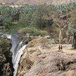 Cataratas Epupa. Welwitschias y Baobas.